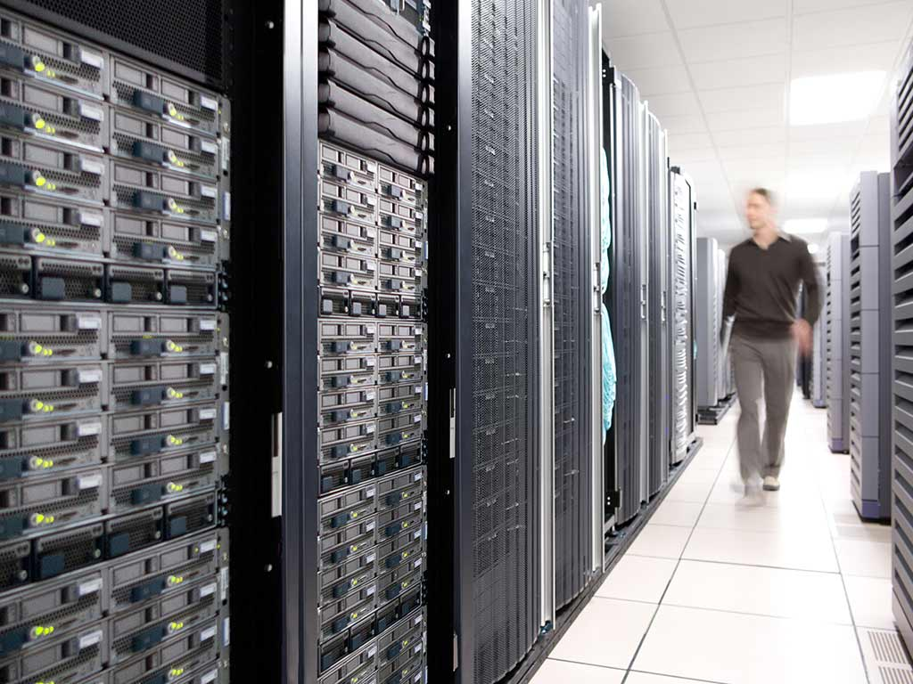 Data Center چیست